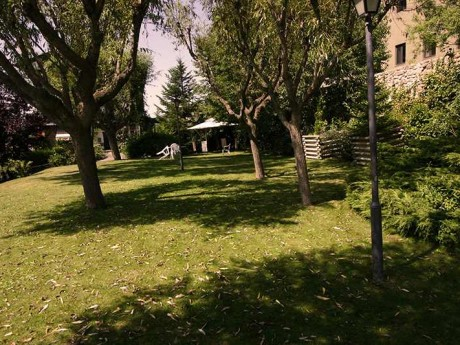 jardin-piscina-fondamatia-016