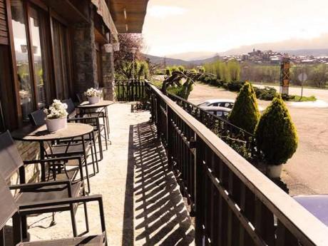 terraza-restaurante-fondamatia-02